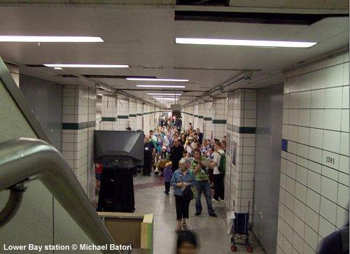 Toronto Subway - Lower Bay station