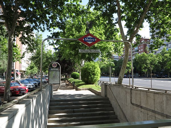 Urbanrail net madrid metro l nea 10 fuencarral for Puerta 8 bernabeu